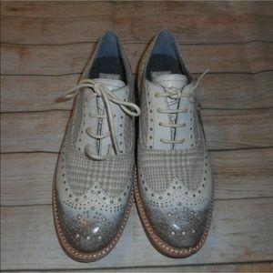 Woolrich sz 8 beige tan shoes sneakers new